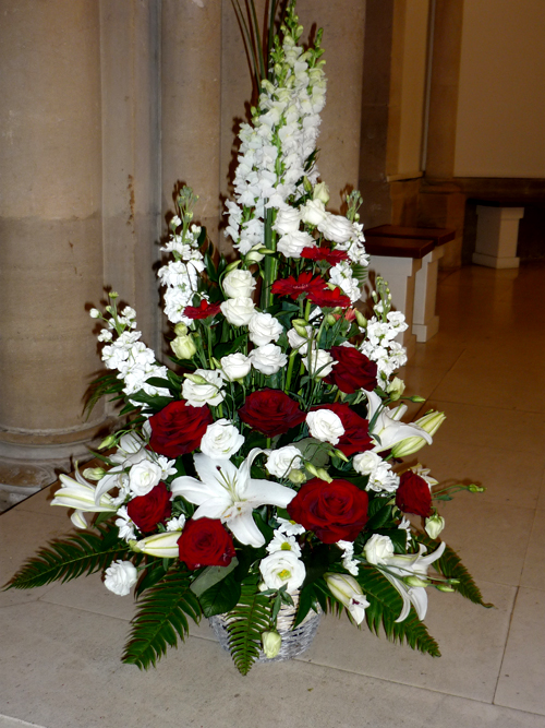 D coration florale glise pour mariage - Composition fleur mariage ...